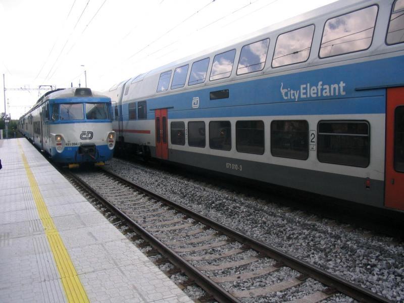 vlak-001-a-web